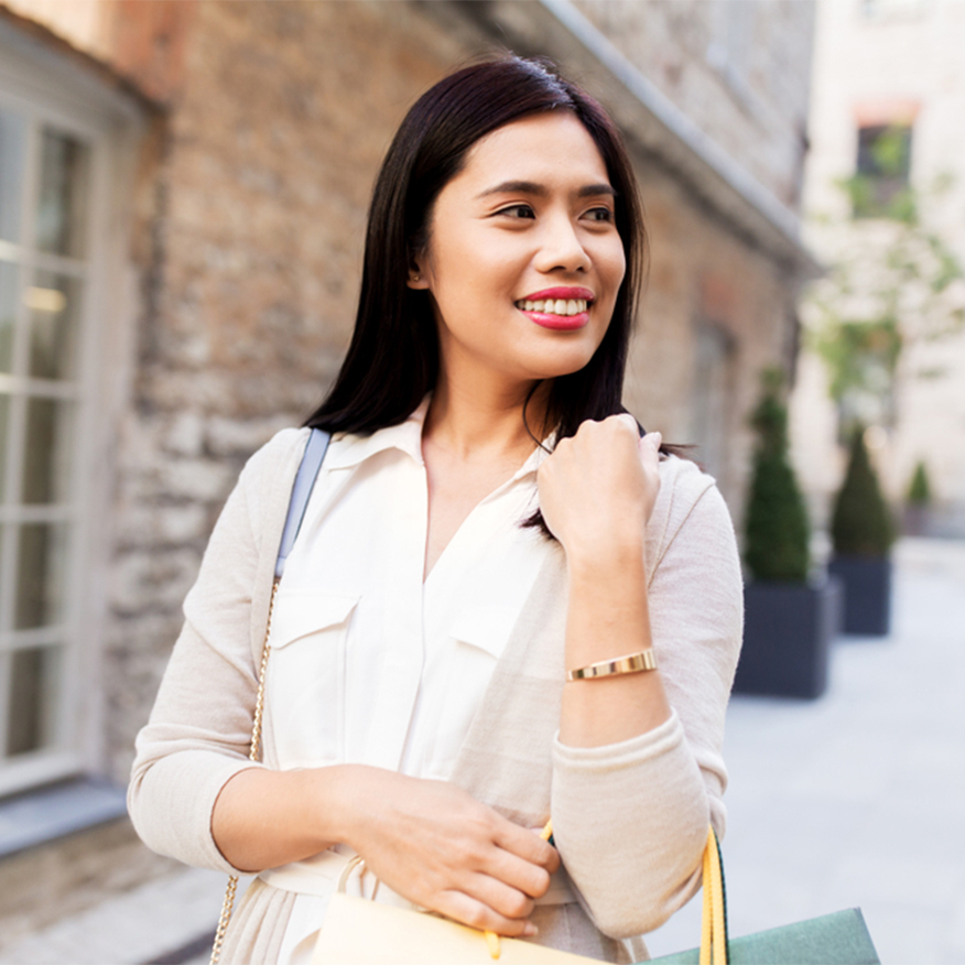Protects the Thyroid – Woman out and about shopping